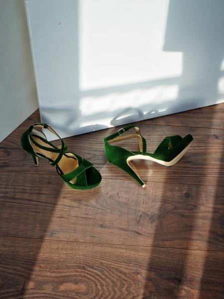 Sandale din catifea verde 1