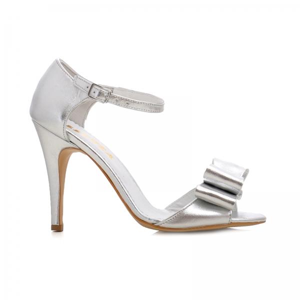 Sandale din piele argintie, cu funde 0