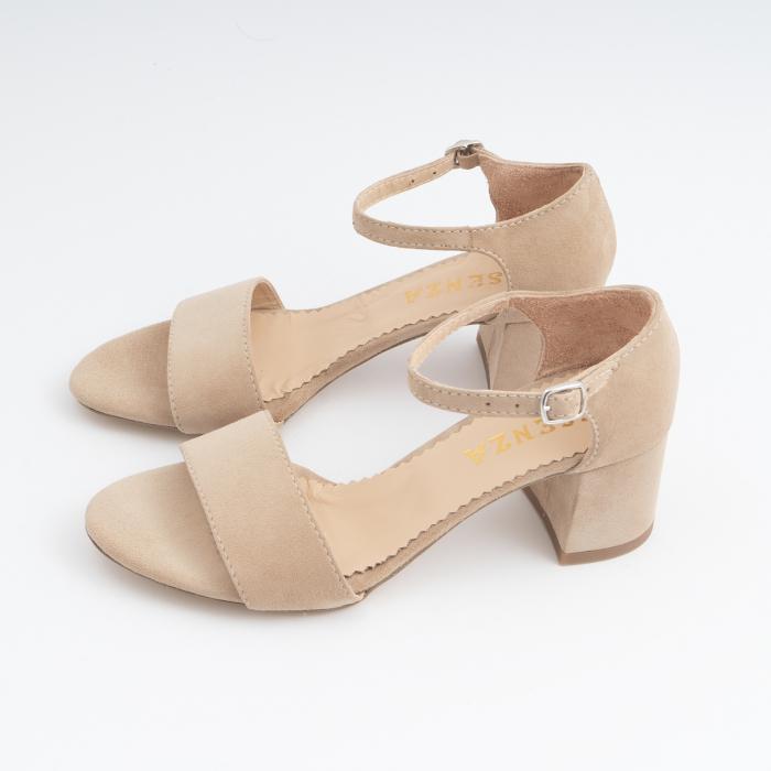 Sandale din piele intoarsa crem, cu toc patrat imbracat in piele. 1