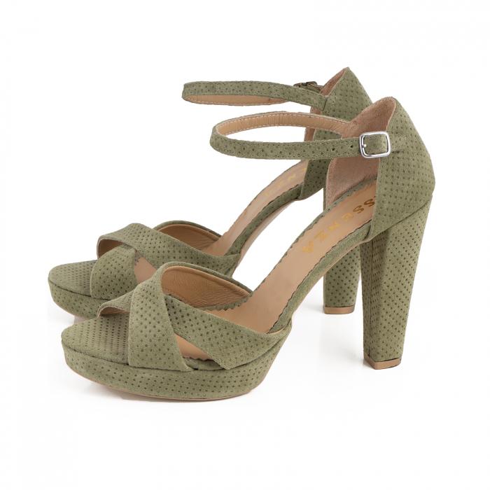 Sandale din piele intoarsa kaki cu perforatii 1