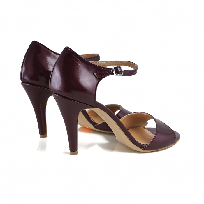 Sandale din piele lacuita visinie, cu toc stiletto 2