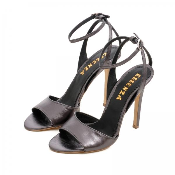 Sandale din piele metalizata gri 3