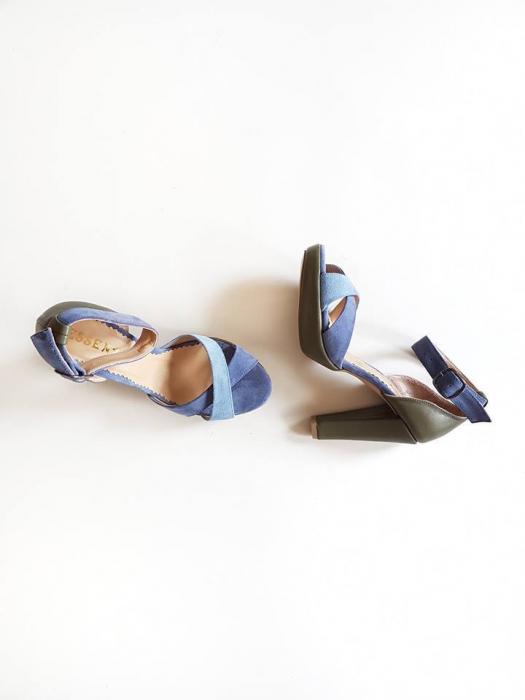 Sandale din piele naturala kaki si piele intoarsa in nuante de albastru. 0