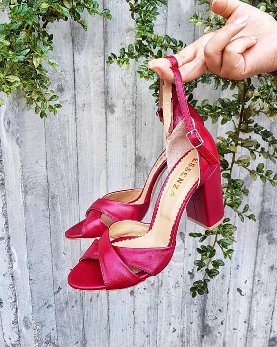 Sandale din piele naturala rosu burgund, cu toc gros se le ofera stabilitate 0