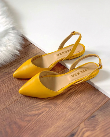 Sandale cu varf ascutit , din piele naturala galbena1