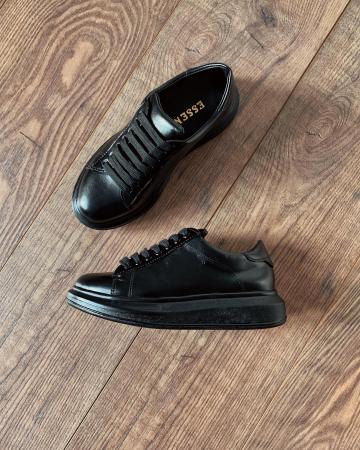 Pantofi cu talpă groasă realizati din piele naturala neagra2
