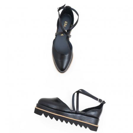Pantofi decupati, din piele naturala neagra2