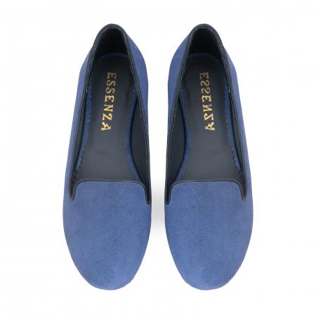 Pantofi confortabili si foarte usori, relizati din piele naturala intoarsa albastra [2]