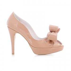 Pantofi din piele lacutia crem, cu funde supradimensionate0