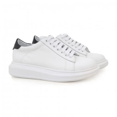 Pantofi cu talpă groasă, realizati din piele naturala alba1