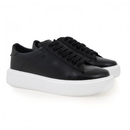 Pantofi cu talpă alba groasă, realizati din piele naturală neagra1