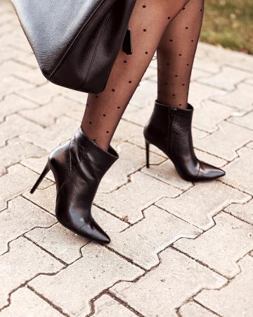 Botine Stiletto din piele naturala neagra, cu toc de 10cm0