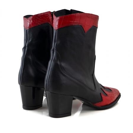 Ciocate scurte,din piele naturala neagra, si piele rosie cu design tip croco3