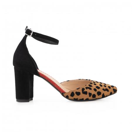 Pantofi cu decupaj si bareta la calcai, din piele naturala intoarsa neagra, rosie si animal print0