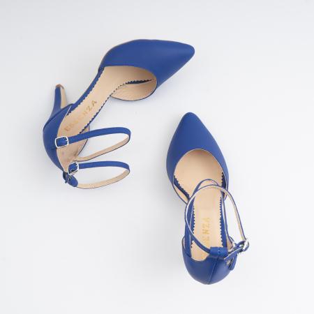 Pantofi cu decupaj si barete la calcai, din piele naturala albastra3