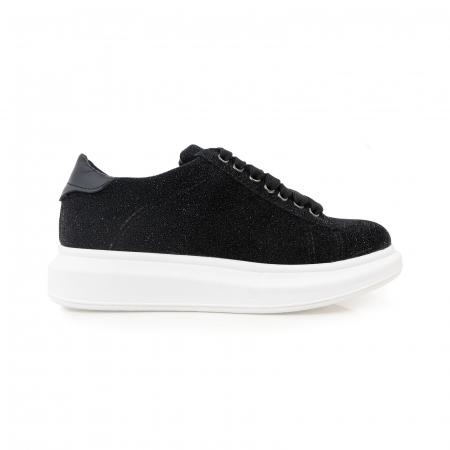 Pantofi cu talpă groasă, realizati din piele naturală neagra texturata0