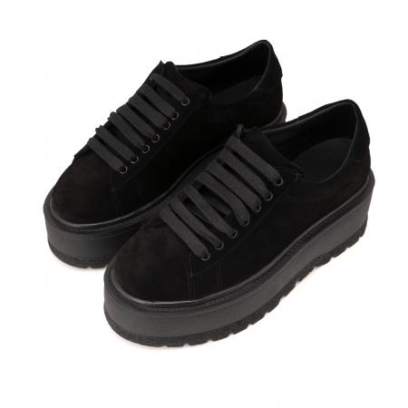 Pantofi cu talpă groasă, realizati din piele naturala intoarsa, neagra2