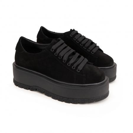Pantofi cu talpă groasă, realizati din piele naturala intoarsa, neagra1