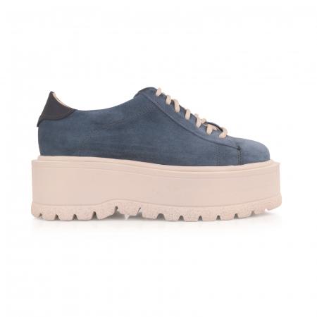 Pantofi cu talpă groasă, realizati din piele naturala intorsa, albastru deschis0
