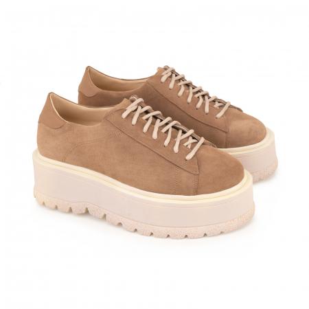 Pantofi cu talpă groasă, realizati din piele naturala intorsa, maron deschis1