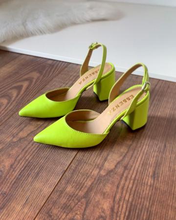 Pantofi cu varf ascutit decupati, cu bareta peste calcai, din piele naturala verde neon [0]