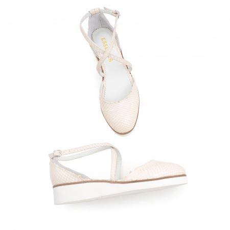 Pantofi decupati, din piele naturala bej cu presaj sarpe2