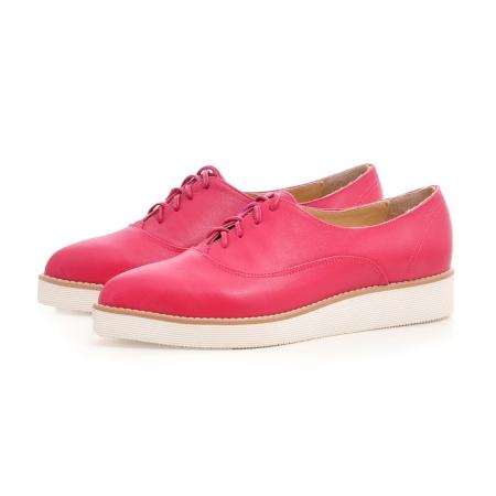 Pantofi oxford, cu varf ascutit, din piele ciclam. [2]