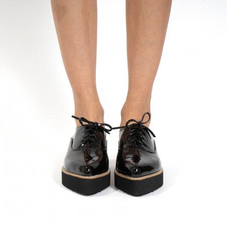 Pantofi oxford, cu varf ascutit, din piele naturala lacuita, neagra.3