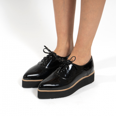 Pantofi oxford, cu varf ascutit, din piele naturala lacuita, neagra.2