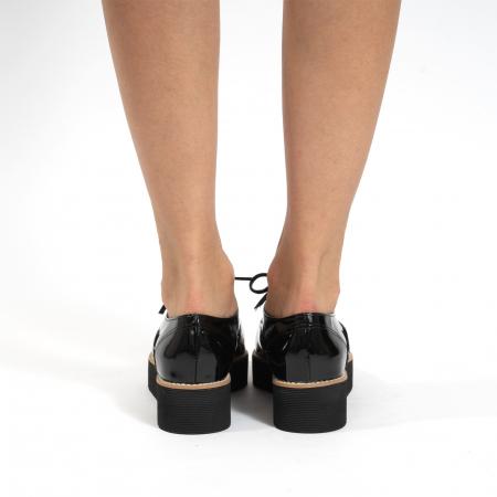 Pantofi oxford, cu varf ascutit, din piele naturala lacuita, neagra.4