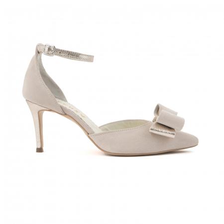 Pantofi stiletto decupati, din piele intoarsa off white si piele laminata aurie. [0]