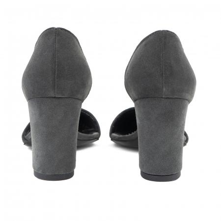 Pantofi stiletto decupati (interior/exterior),realizati din piele intoarsa gri3
