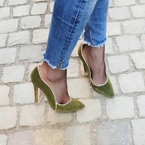Pantofi stiletto din piele intoarsa kaki cu paspol beige [0]