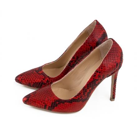 Pantofi Stiletto din piele rosie cu textura de tip sarpe2