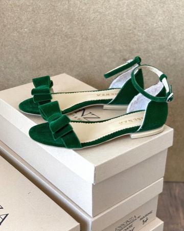 Sandale cu fundite, din din catifea verde, cu captusala din piele naturala [1]