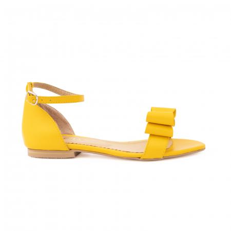 Sandale cu fundite, din piele naturala galbena0