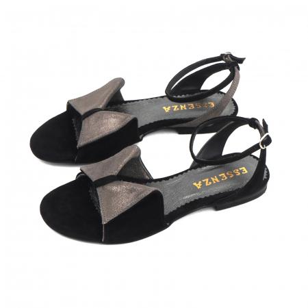 Sandale cu talpă joasă, din piele intoarsa neagra si piele gri glitter1