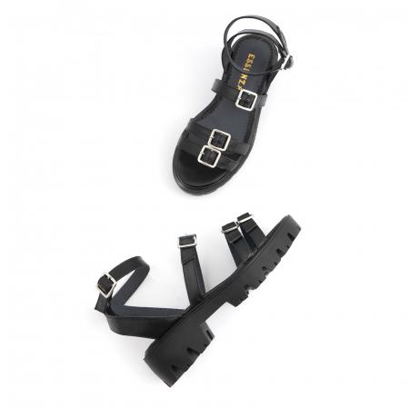 Sandale cu talpa groasa si barete cu catarame, din piele naturala neagra.2