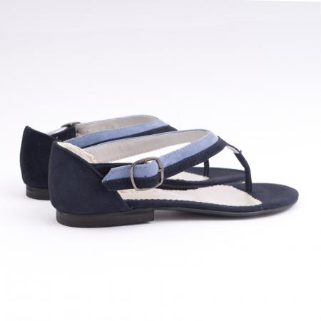 Sandale cu talpa joasa, cu bareta intre degete, din piele intoarsa albastru inchis si albastru deschis3