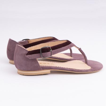 Sandale cu talpa joasa, cu bareta intre degete, din piele intoarsa lila si mov pruna3