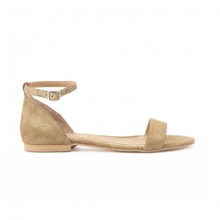 Sandale cu talpa joasa, din piele glitter aurie.0