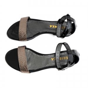 Sandale cu talpa joasa, din piele lacuita neagra si piele laminata bronz texturat [2]