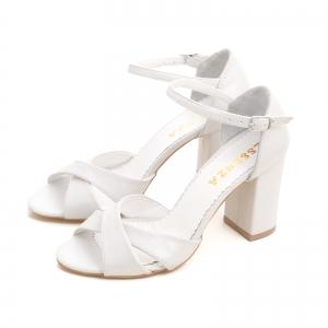 Sandale cu toc gros, din piele alba2