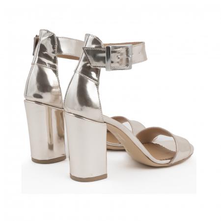 Sandale cu toc gros, din piele laminata de nuanta argintiu-oglinda2