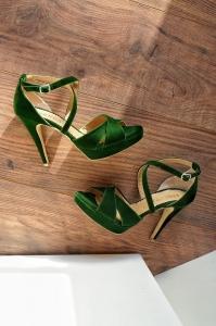 Sandale din catifea verde0