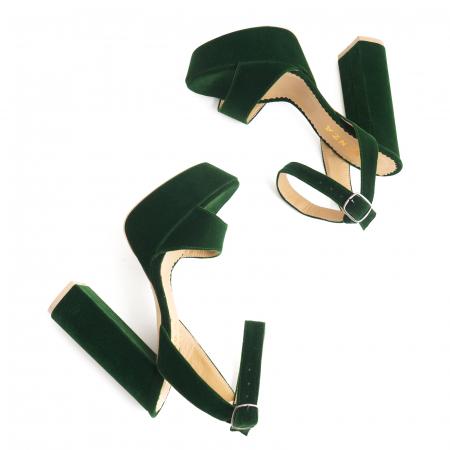 Sandale din catifea verde, captusite cu piele naturala, cu toc gros patrat si platforma2