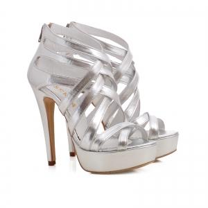 Sandale din piele argintie1