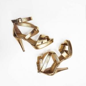 Sandale din piele aurie1