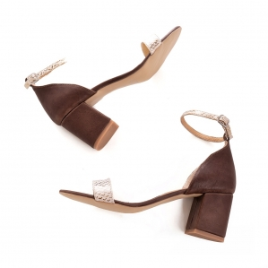 Sandale din piele cu textura de piele de sarpe si piele maron1