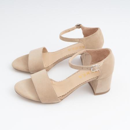Sandale din piele intoarsa crem, cu toc patrat imbracat in piele.1